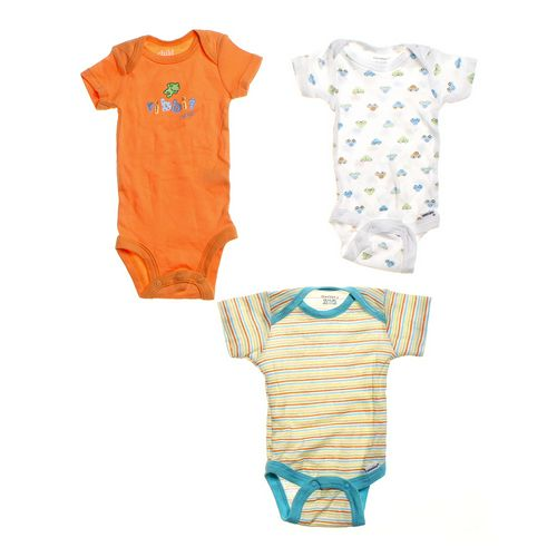 Carter's 3pc Casual Bodysuit in size NB at up to 95% Off - Swap.com