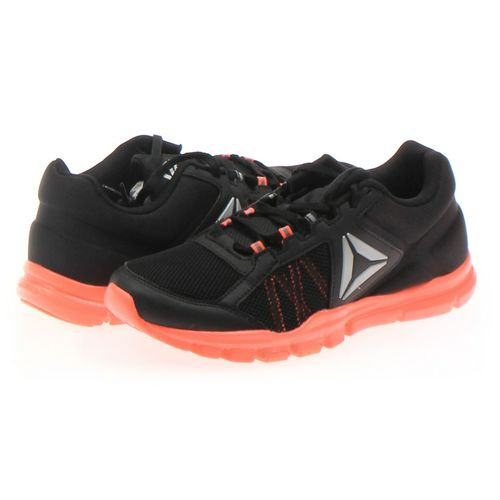 Reebok Athletic Shoes in size 9 Women's at up to 95% Off - Swap.com