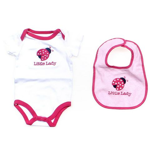 Luvable Friends Bodysuit in size 3 mo at up to 95% Off - Swap.com