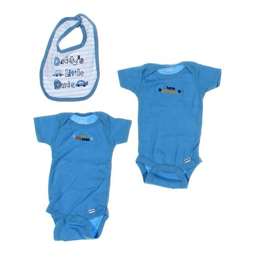 Gerber Bodysuits and Bib Set in size 3 mo at up to 95% Off - Swap.com