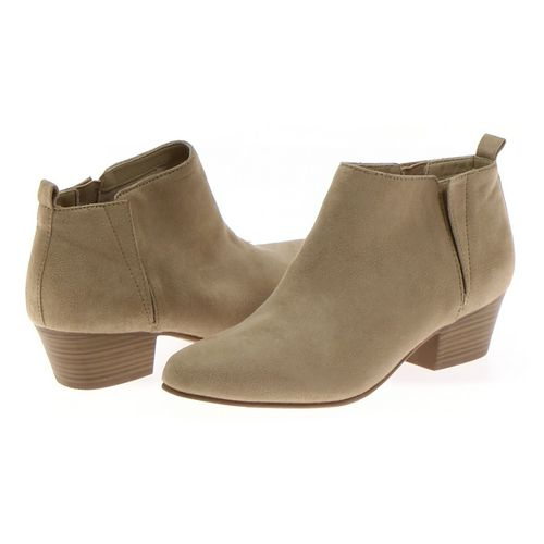 Old Navy Booties in size 10 Women's at up to 95% Off - Swap.com