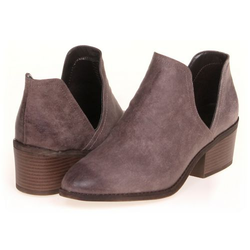 FERGALICIOUS Booties in size 10 Women's at up to 95% Off - Swap.com