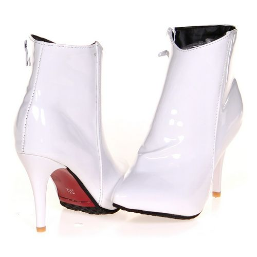 n/a Booties in size 6.5 Women's at up to 95% Off - Swap.com