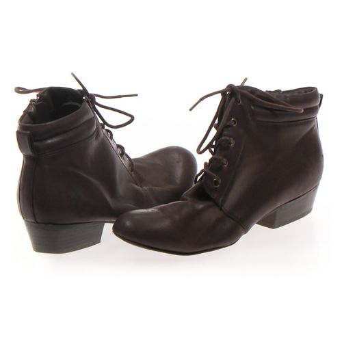Yuu Booties in size 7 Women's at up to 95% Off - Swap.com