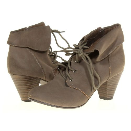 Breckelle's Booties in size 7 Women's at up to 95% Off - Swap.com