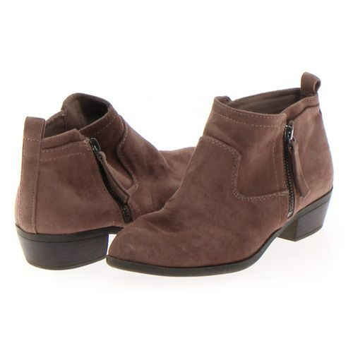 Arizona Booties in size 7.5 Women's at up to 95% Off - Swap.com