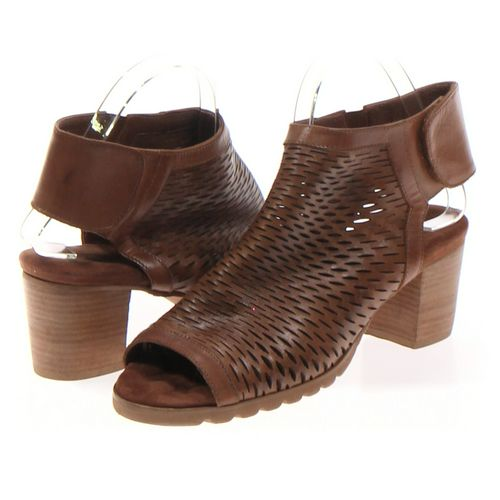 Walking Cradles Booties in size 8.5 Women's at up to 95% Off - Swap.com