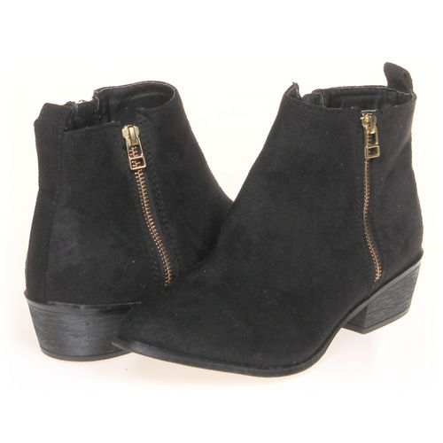 Candie's Booties in size 9 Women's at up to 95% Off - Swap.com