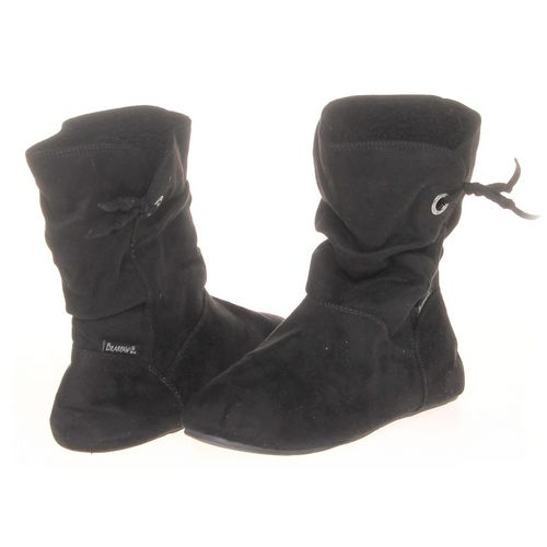 BEARPAW Booties in size 9 Women's at up to 95% Off - Swap.com