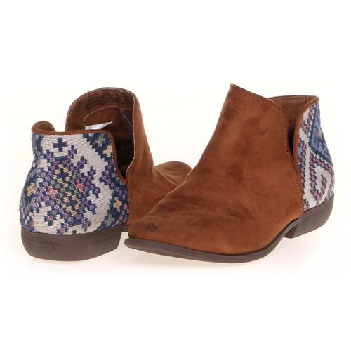 Cat & Jack Boots in size 3 Youth at up to 95% Off - Swap.com