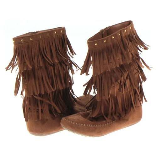 Cat & Jack Boots in size 5 Youth at up to 95% Off - Swap.com