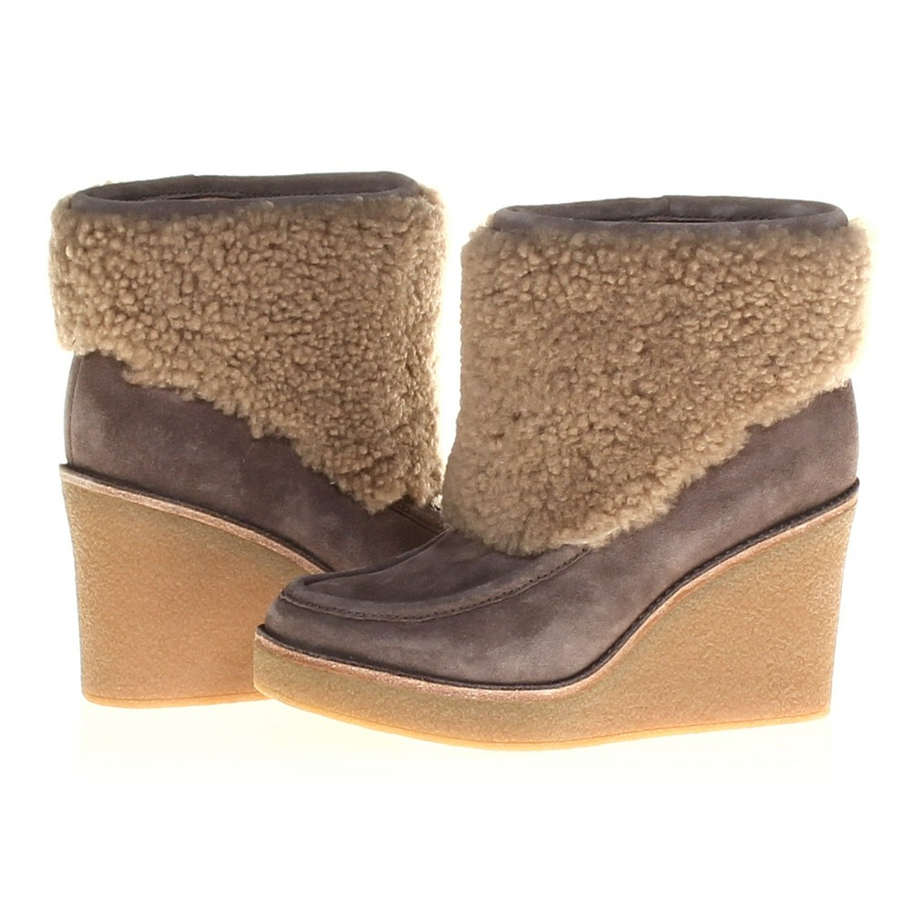 7cad8fdc467 UGG Boots
