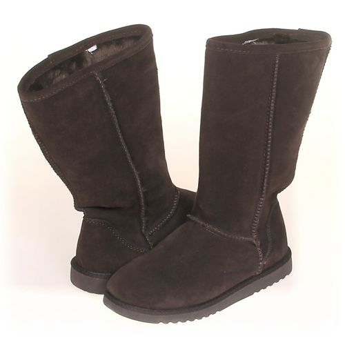 Xhilaration Boots in size 7.5 Women's at up to 95% Off - Swap.com