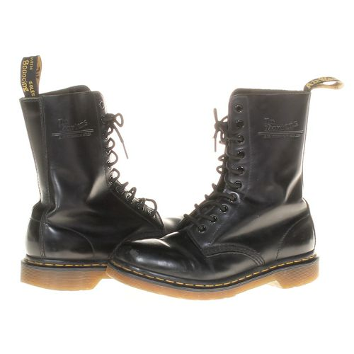Dr. Martens Boots in size 8 Women's at up to 95% Off - Swap.com
