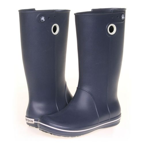 Crocs Boots in size 9 Women's at up to 95% Off - Swap.com