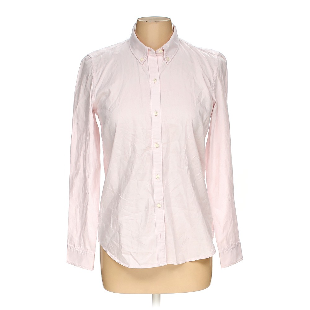 978cb61802833 Gap Button-down Shirt in size M at up to 95% Off - Swap