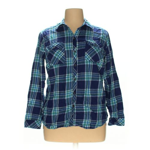 Croft & Barrow Button-up Shirt in size XL at up to 95% Off - Swap.com