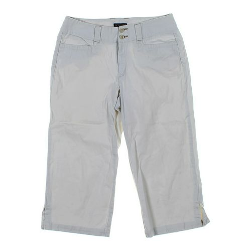 Dockers Capri Pants in size 6 at up to 95% Off - Swap.com