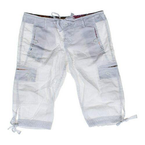 Angel Kiss Capri Pants in size JR 9 at up to 95% Off - Swap.com