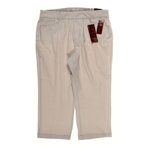 JM Collection Capri Pants in size 16 at up to 95% Off - Swap.com