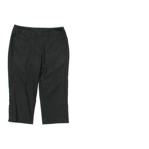 Larry Levine Capri Pants in size 6 at up to 95% Off - Swap.com