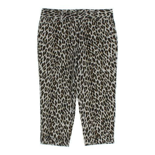Larry Levine Capri Pants in size 10 at up to 95% Off - Swap.com