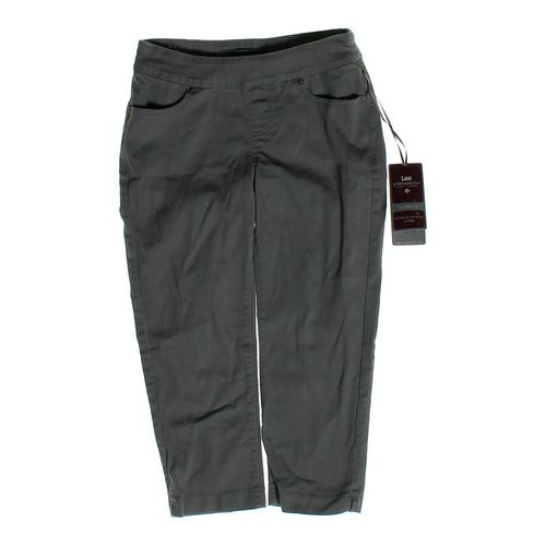 Lee Capri Pants in size 2 at up to 95% Off - Swap.com