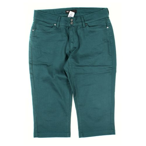 Levi Strauss & Co. Capri Pants in size 14 at up to 95% Off - Swap.com