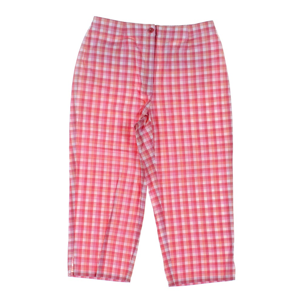 ee3f513e260a6 Liz Claiborne Capri Pants in size 8 at up to 95% Off - Swap.
