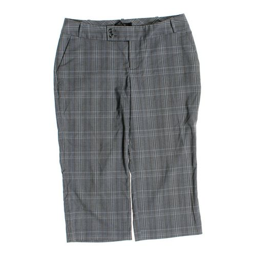 Mossimo Supply Co. Capri Pants in size 8 at up to 95% Off - Swap.com