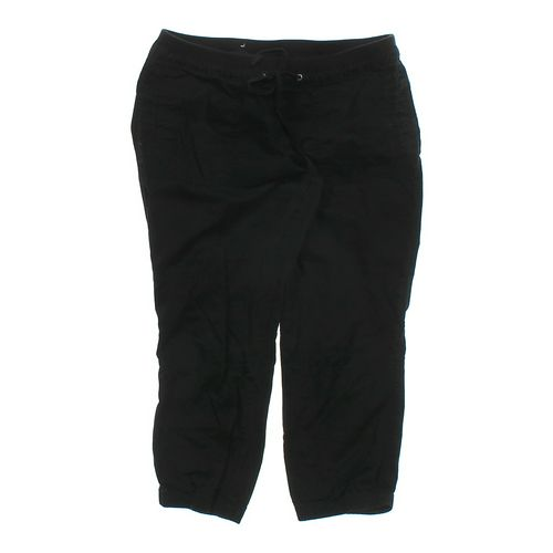 Old Navy Capri Pants in size M at up to 95% Off - Swap.com