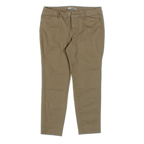 Old Navy Capri Pants in size 12 at up to 95% Off - Swap.com