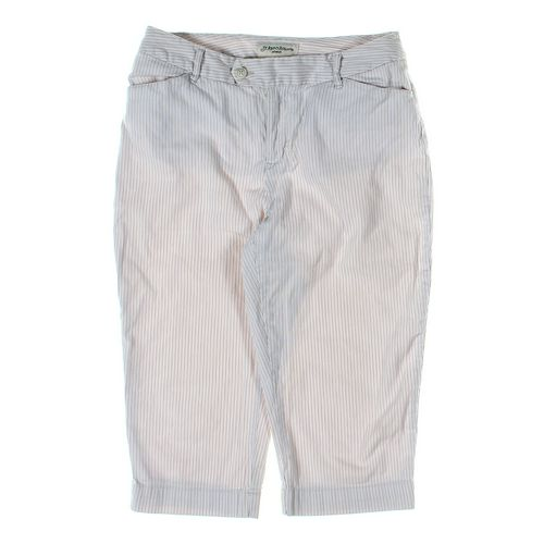St. John's Bay Capri Pants in size 8 at up to 95% Off - Swap.com