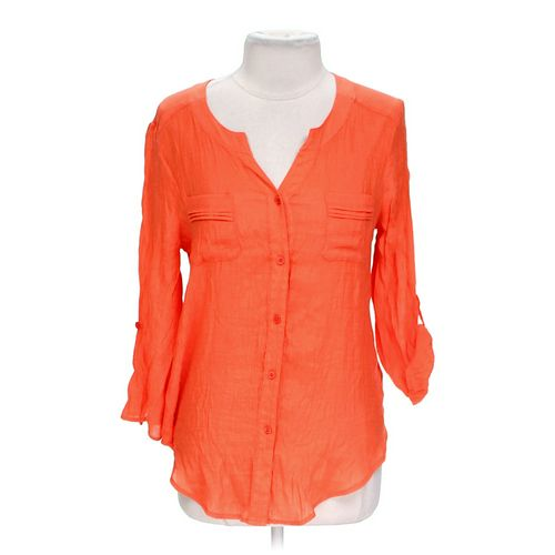 B. Design Chic Shirt in size L at up to 95% Off - Swap.com