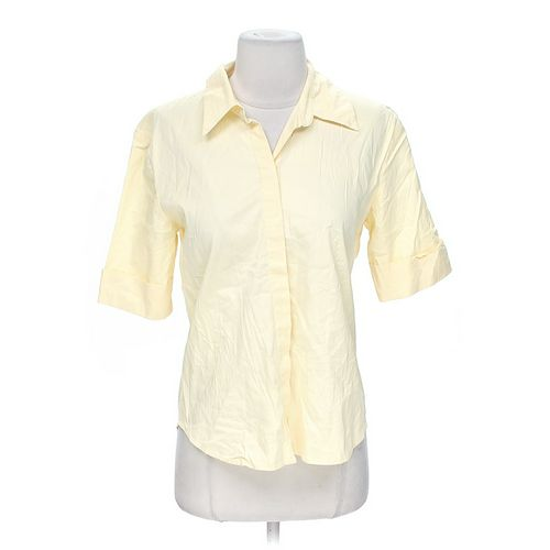 Gap Classic Button-Up Shirt in size M at up to 95% Off - Swap.com