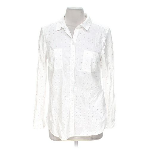 Old Navy Classic Button-Up Shirt in size M at up to 95% Off - Swap.com