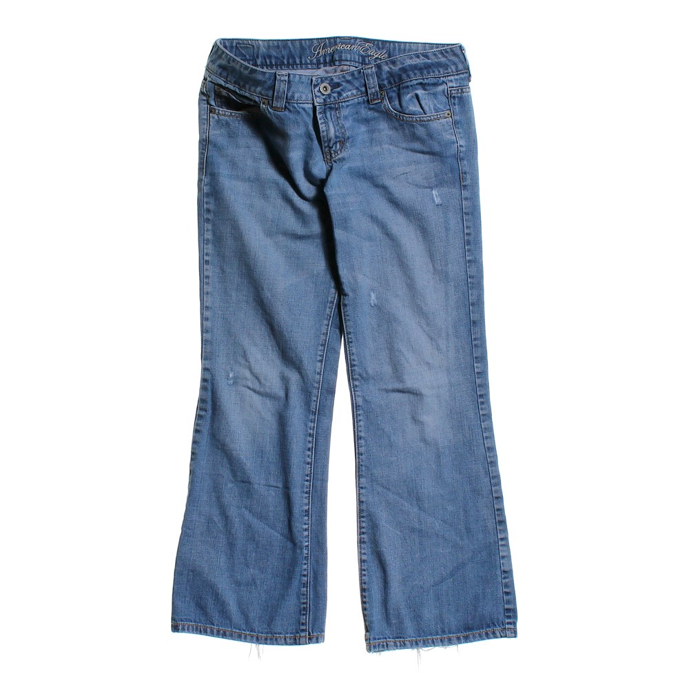 American Eagle Outfitters Classic Jeans - Online Consignment