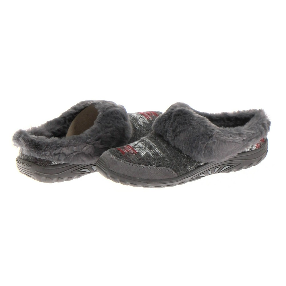 b9d39ec49ce Skechers Clogs in size 10 Women s at up to 95% Off - Swap.com