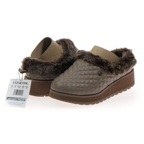 Skechers Clogs in size 5 Women's at up to 95% Off - Swap.com