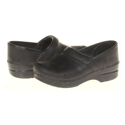 Dansko Clogs in size 5.5 Women's at up to 95% Off - Swap.com