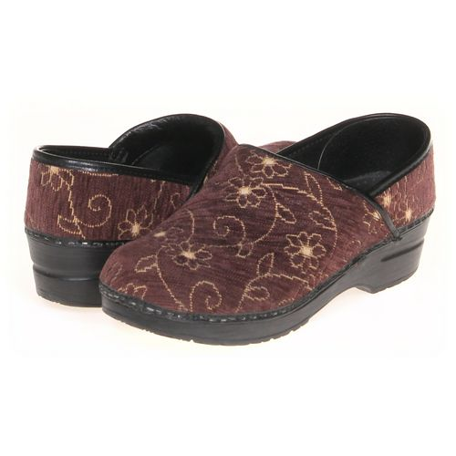 Sanita Clogs in size 6.5 Women's at up to 95% Off - Swap.com