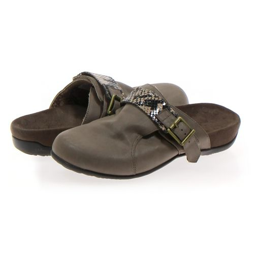 Vionic Clogs in size 7 Women's at up to 95% Off - Swap.com