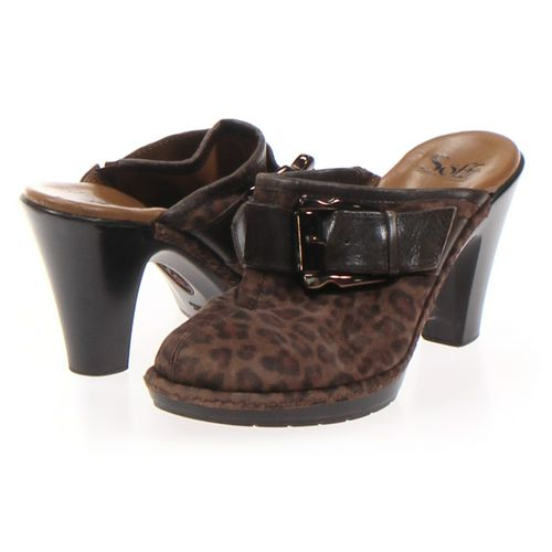 Sofft Clogs in size 7 Women's at up to 95% Off - Swap.com