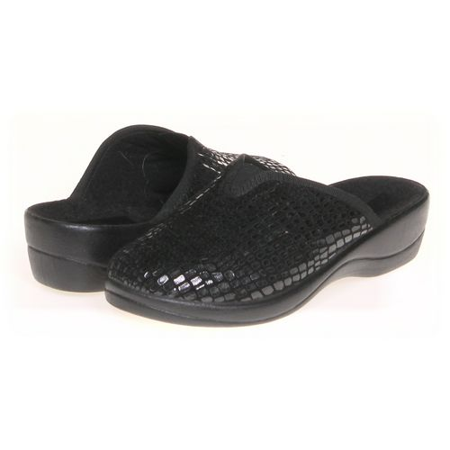 Clogs in size 7.5 Women's at up to 95% Off - Swap.com