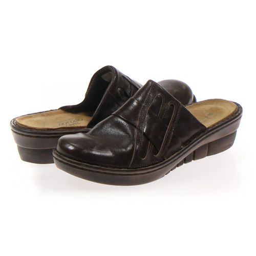 Naot Clogs in size 8.5 Women's at up to 95% Off - Swap.com