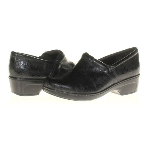 Falls Creek Clogs in size 8.5 Women's at up to 95% Off - Swap.com