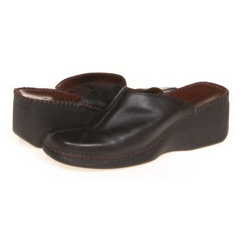 Naturalizer Clogs in size 8.5 Women's at up to 95% Off - Swap.com