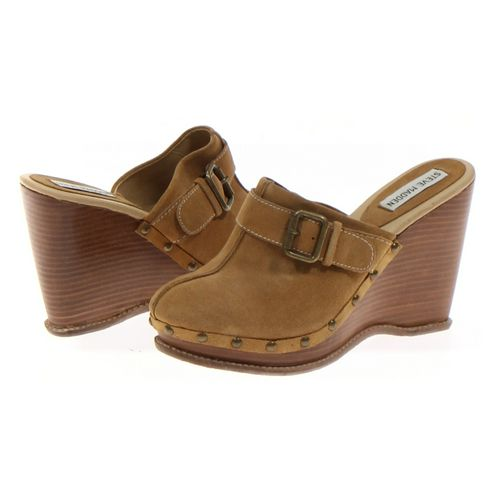 Steve Madden Clogs in size 8.5 Women's at up to 95% Off - Swap.com