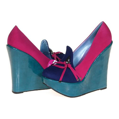 Maker's Shoes Colorful Wedges in size 6 Women's at up to 95% Off - Swap.com