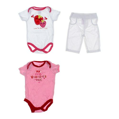 Fisher-Price Cute Bodysuit & Pants Set in size 3 mo at up to 95% Off - Swap.com